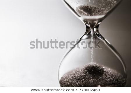 Zandloper zwarte zand tijd object Stockfoto © dolgachov