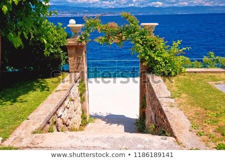 Parque playa agua ciudad verano océano Foto stock © xbrchx