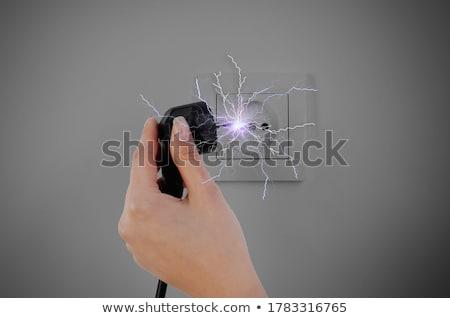 Vrouw elektrische schok haren benen shirt Stockfoto © photography33
