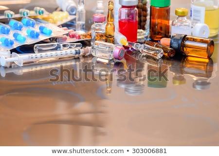 iniezione · ago · prescrizione · pillole · blu · medici - foto d'archivio © 4designersart