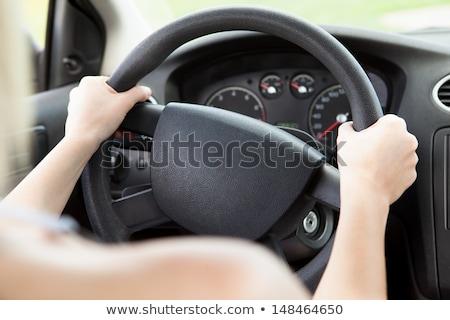 Vrouw zwarte stuur vrouwelijke handen Stockfoto © stevanovicigor