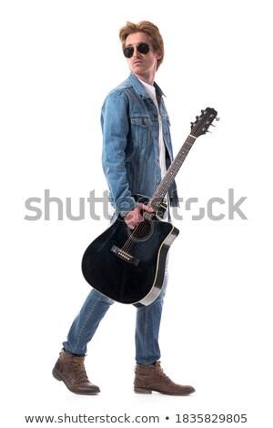 Widok z boku przystojny biegun spaceru gitara ramię Zdjęcia stock © feedough