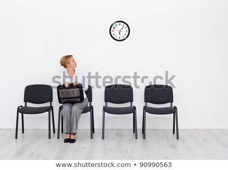 jonge · vrouw · vergadering · stoel · wachten · sollicitatiegesprek · muur - stockfoto © ichiosea