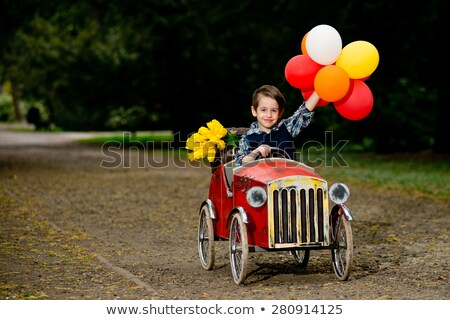 baby · ragazzo · guida · giocattolo · auto · parco · giochi - foto d'archivio © galitskaya