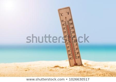 Hőmérő homok mutat magas hőmérséklet közelkép Stock fotó © AndreyPopov