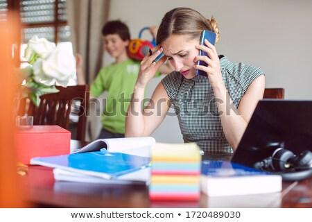 女性実業家 自宅で仕事をする 集中する 作業 コンピュータ ストックフォト © Kzenon