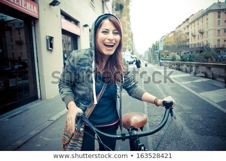 Csinos fiatal barátnő motoros gyönyörű kéz Stock fotó © konradbak