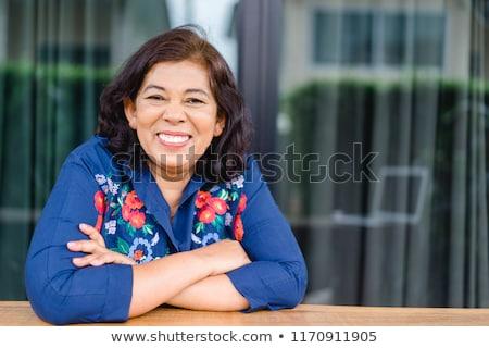 Stok fotoğraf: Ev · kadını · portre · mavi · eldiven · beyaz