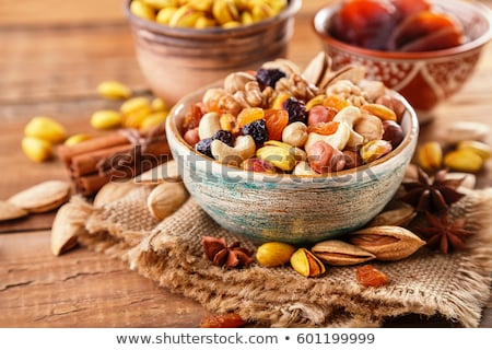 secas · frutas · vaso · isolado · branco · fruto - foto stock © ongap