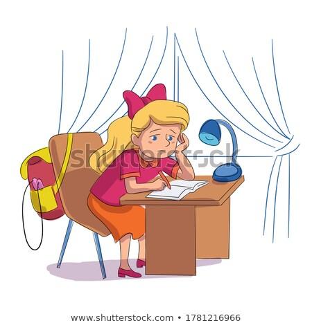 Foto d'archivio: Attento · studentessa · compiti · per · casa · classe · scuola · ragazza