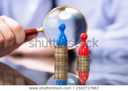 Homem olhando lupa sexo lacuna Foto stock © AndreyPopov
