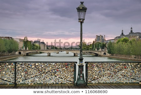 miłości · czerwony · romans · blokady · kształt · serca · most - zdjęcia stock © elnur