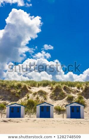 Trzy osoby piaszczysty wydma Błękitne niebo wspinaczki biały piasek Zdjęcia stock © rafalstachura