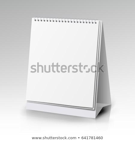 чистый · лист · бумаги · столе · спиральных · календаря · 3D - Сток-фото © user_11870380