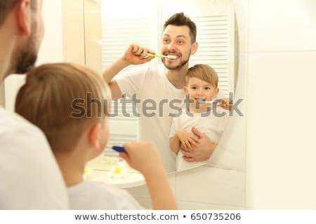 Kind · Pinsel · Zähne · wenig · Gesicht · glücklich - stock foto © jossdiim