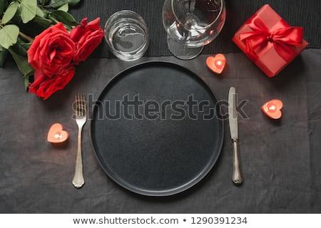 Piros rózsa szett edények evőeszköz asztal valentin nap Stock fotó © dolgachov