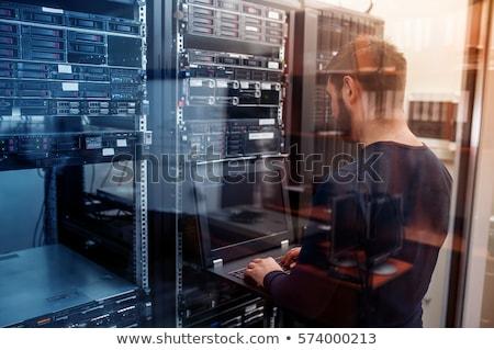 dizüstü · bilgisayar · göstermek · beyaz · ekran · yalıtılmış · Internet - stok fotoğraf © johanh