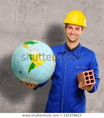 biznesmen · garnitur · świat · piłka · Pokaż · strony - zdjęcia stock © photography33