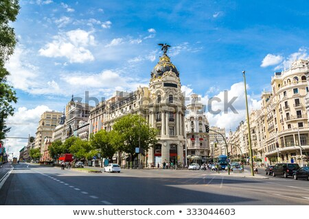 Madryt · główny · zakupy · ulicy · Hiszpania · zmierzch - zdjęcia stock © dinozzaver
