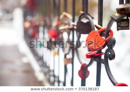 wiele · miłości · most · symbol · serca · para - zdjęcia stock © yatsenko
