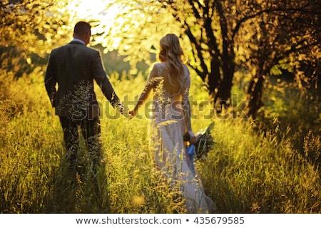 wedding · Coppia · piedi · percorso · fiore · uomo - foto d'archivio © sumners