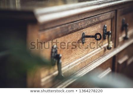 キー · アンティーク · ドアの鍵 · 孤立した · 白 - ストックフォト © danielgilbey