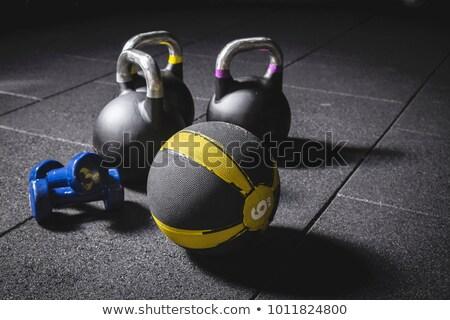 fitness · équipement · sombre · cardiovasculaire · entraînement · fruits - photo stock © zerbor