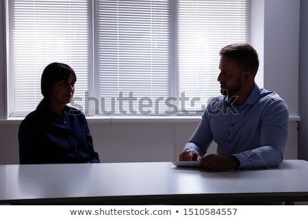 Jonge vrouwelijke patiënt bespreken mannelijke psycholoog Stockfoto © Elnur