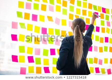 Segretario multitasking ufficio ragazza sorriso lavoro Foto d'archivio © photography33