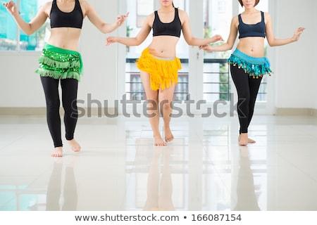 középső · rész · szamba · táncos · kép · nő · fiatal - stock fotó © stockyimages
