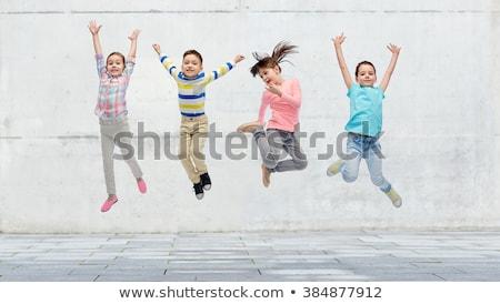 Stockfoto: Groep · gelukkig · kinderen · gras · buitenshuis