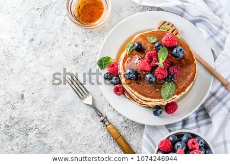 ストックフォト: パンケーキ · 新鮮果物 · はちみつ · プレート · 葉 · グループ