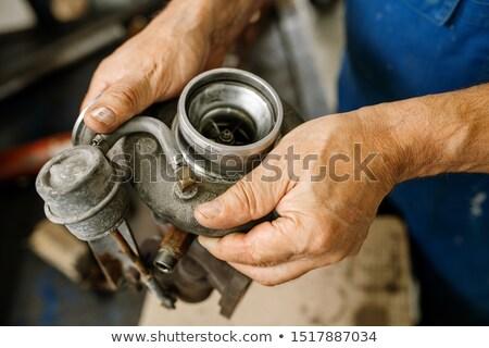 Kezek kopott technikus autó karbantartás szolgáltatás Stock fotó © pressmaster