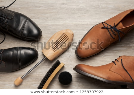 Buty drzewo obraz wiele buty wiszący Zdjęcia stock © cteconsulting