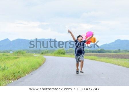 młodych · biały · człowiek · dopasować · piłka - zdjęcia stock © bluering
