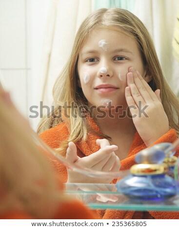Gelukkig glimlachende vrouw badjas room gezicht lachend Stockfoto © deandrobot