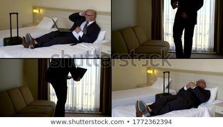 4 ビジネスの方々  ベッド ビジネスマン 旅行 ホテル ストックフォト © IS2