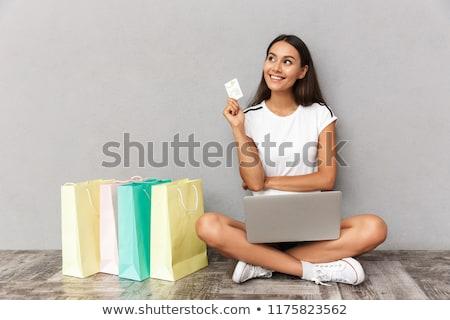 kadın · kredi · kartı · portre · genç - stok fotoğraf © deandrobot