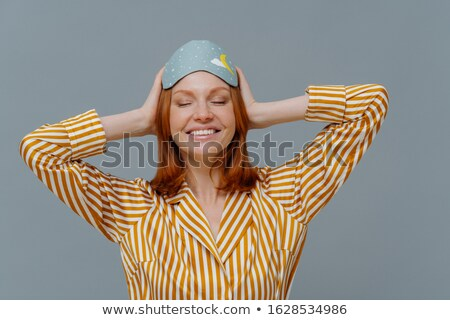 Dag dutje tevreden vrouw gember haren Stockfoto © vkstudio
