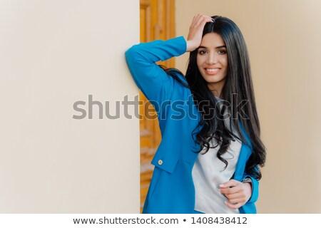 Horizontal erschossen lächelnd Brünette ein Stock foto © vkstudio