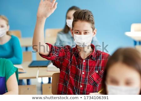 Nastolatek chłopca oddechowy medycznych maska Zdjęcia stock © ia_64
