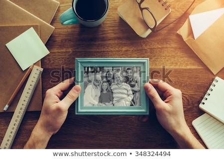 Klejenie rodziny zdjęcie dziewczyna miłości kobiet Zdjęcia stock © photography33