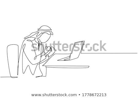 рук рабочих ноутбука Йемен экране Сток-фото © michaklootwijk