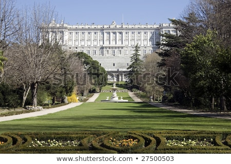 real · palacio · Madrid · España · edificio · cielo - foto stock © photooiasson