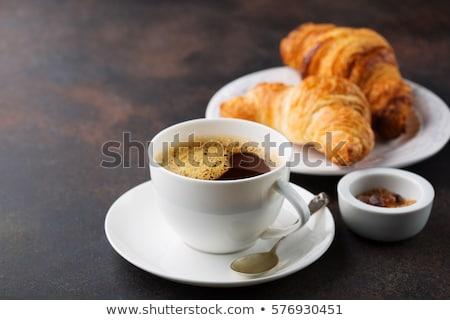 Stockfoto: Koffie · croissants · ontbijt · bessen · houten · tafel · top