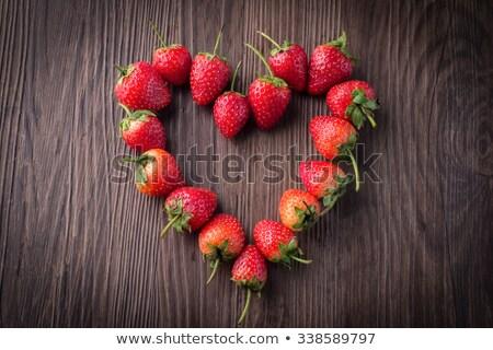 vers · aardbeien · boord · oude · voedsel - stockfoto © galitskaya