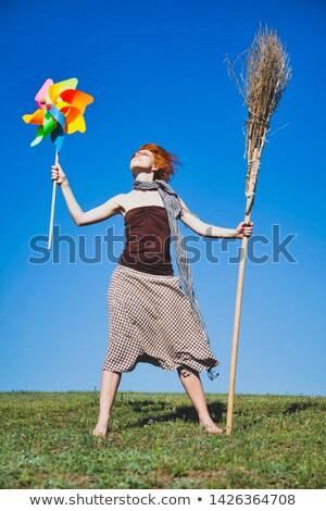 fiatal · boszorkány · zöld · mező · seprű · szélturbina - stock fotó © massonforstock