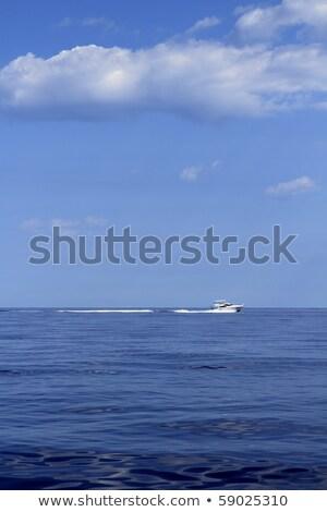 Motorcsónak sebesség kék tenger horizont óceán Stock fotó © lunamarina