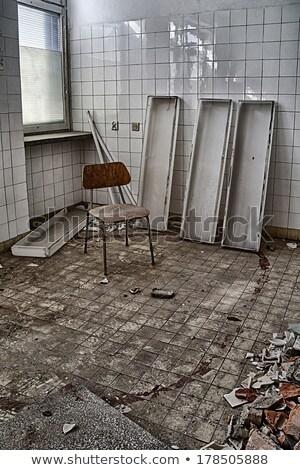 Arrepiante operação velho hospital mão Foto stock © konradbak