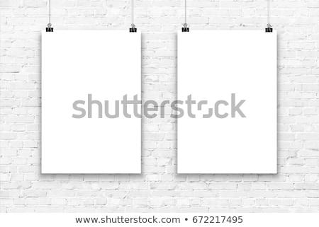 pôsteres · branco · preto · realista · modelo - foto stock © molaruso